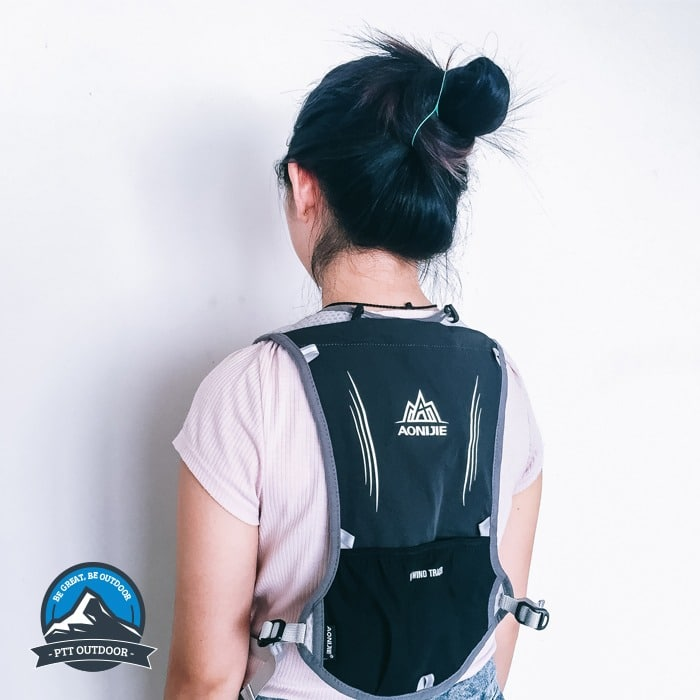 Aonijie 5L Hydration Backpack, aonijie malaysia, beg aonijie, hydration beg aonijie, hiking bag, running bag, beg murah, aonojie 5l vest backpack, backpack, bagpack, vest bag, hydartion beg