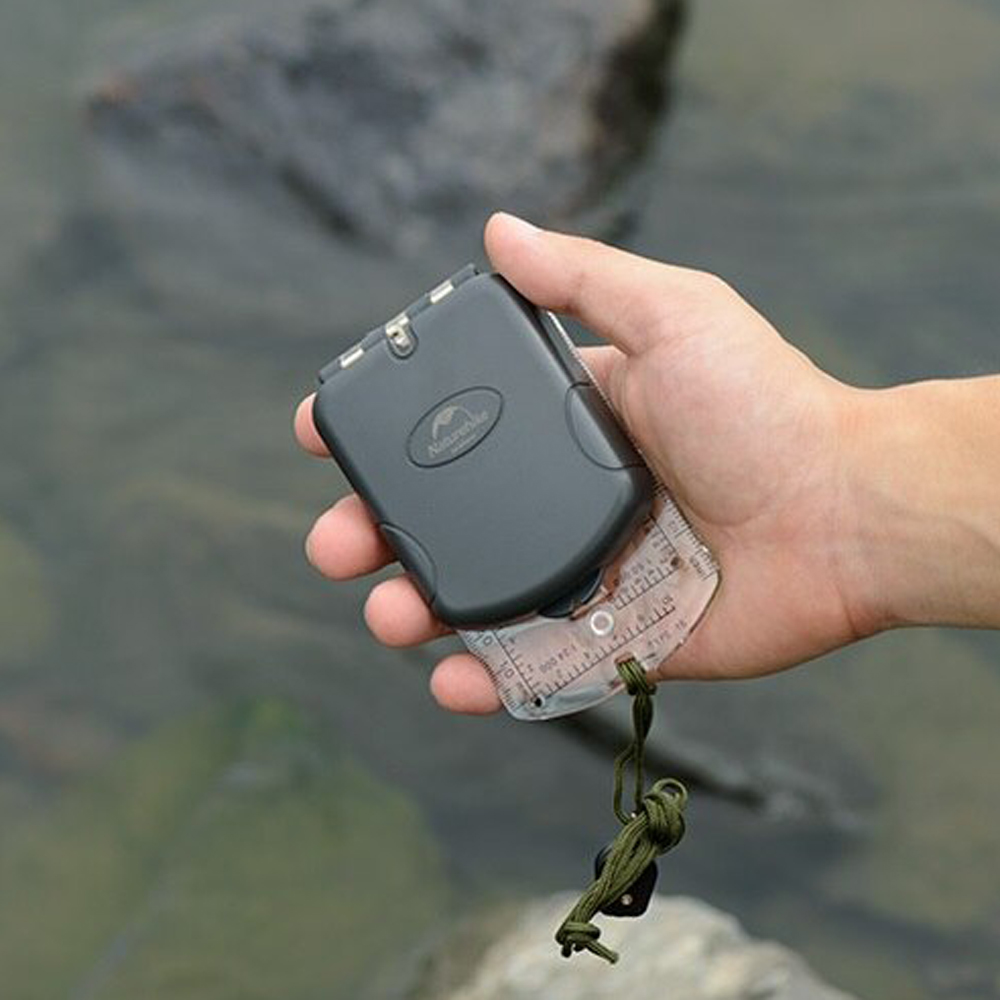 Naturehike Outdoor Compass- a tool that helps