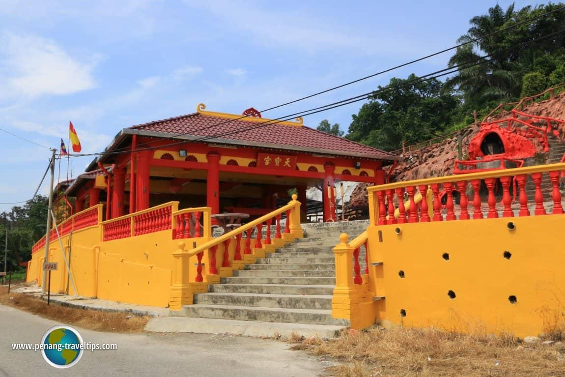 Thean Poh Keong and Shun Tian Gong Temples, bukit jugra