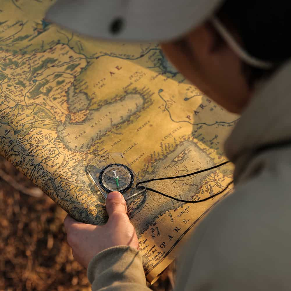 survival compass, camping compass, best survival compass, best camping compass, compass online, directional compass, compass outdoor, best outdoor compass